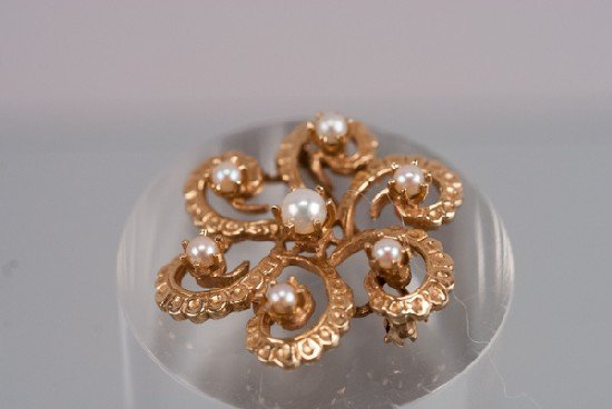 14K Pearl and Gold Brooch
