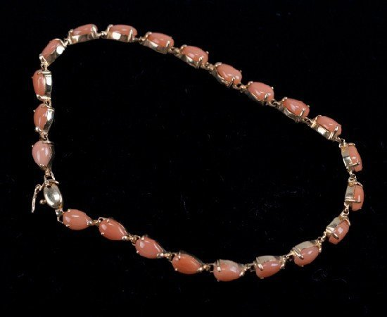 14K Pear Shaped Cabochon Coral Bracelet