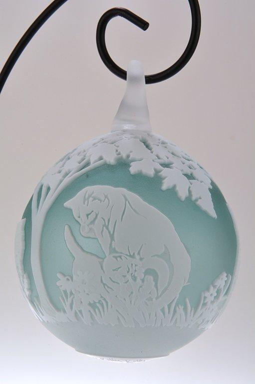 """Pilgrim Cameo Glass Ornament, """"Here Kitty, Kitties"""