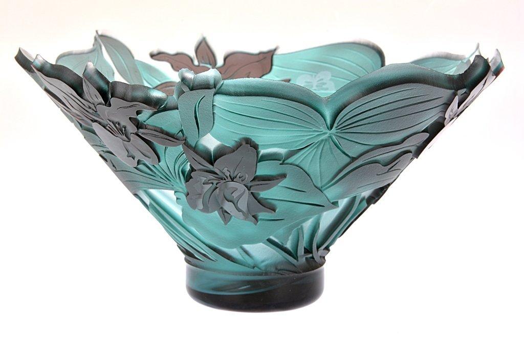 """Pilgrim Cameo Glass Bowl, """"Rare Trillium Flutter"""""""