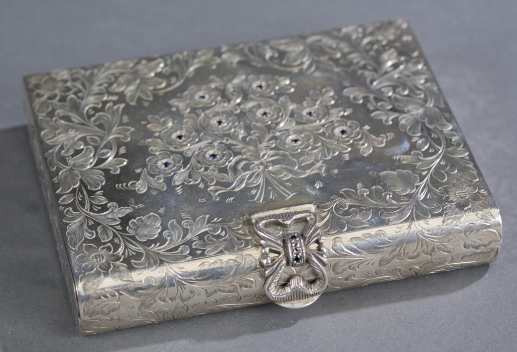 French .800 Silver Compact