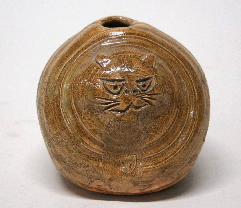 Folk Art Pottery Cat Vase.