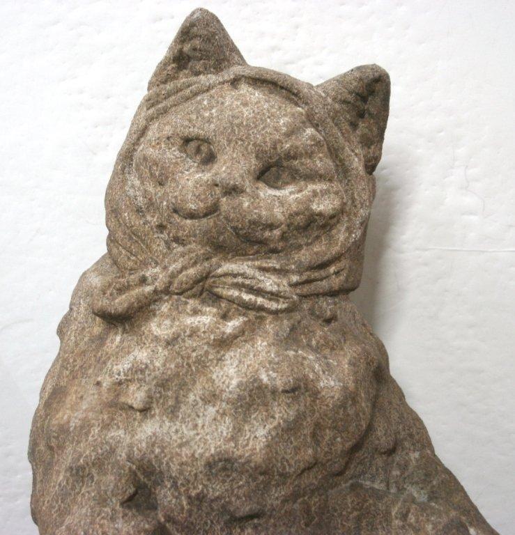 Concrete Cat Bird Bath Sculpture. - 2
