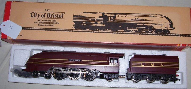 5: Hornby Railways R.072 L.M.S Coronations Class 4-6-0