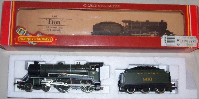 6: Hornby Railways R.817 S.R. Schools Class 4-4-0