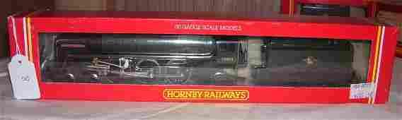 8: Hornby Railways R.329 BR 4-6-2 Loco