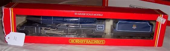 11: Hornby Railways R.037 BR 4-6-2 Loco Lady Patricia,