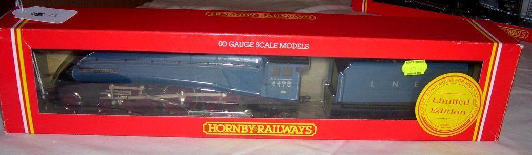 Hornby Railways R.528 LNER 4-6-2 Loco,
