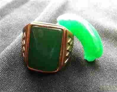 Chinese Jade Mounted Gentleman's Ring,