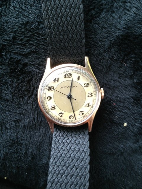 A Movado Gents/Boys 18 Carat Watch c 1950,