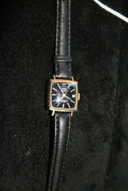 A Tudar 9 Carat Gold Ladies Watch c 1970,