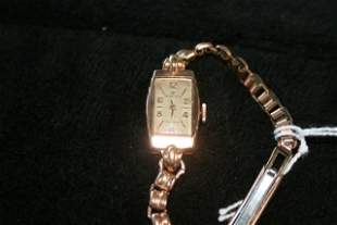 A Rolex 9 Carat Ladies Watch c 1930,