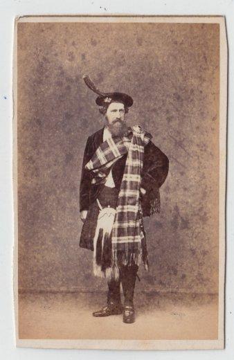Miklouho-Maclay,