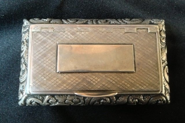 An Early Victorian Sterling Silver Snuff Box,