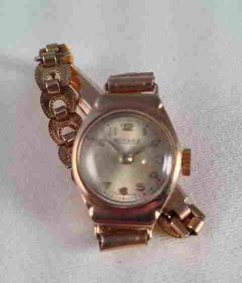 A 9 Carat Rotary Ladies Watch