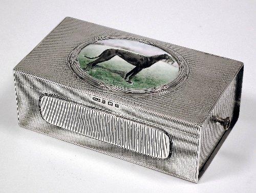 16: A George V silver rectangular cigarette box inset t