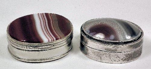 24: A George III silver oval vinaigrette, the lid set w