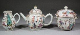 653: A Chinese porcelain 'Famille Rose' part tea servic