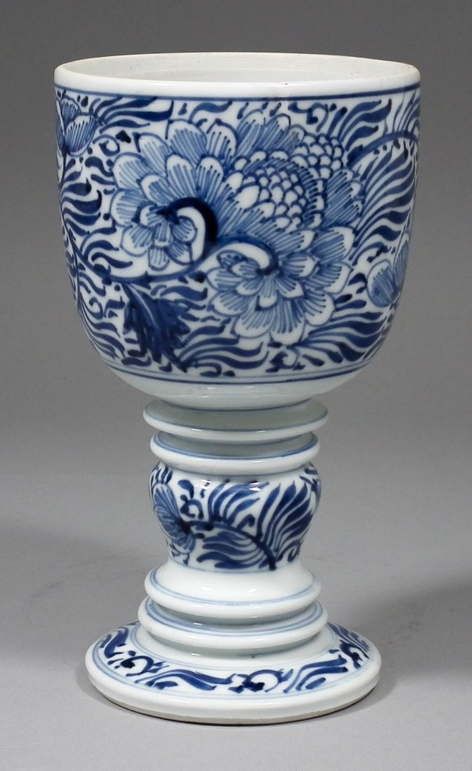 A Chinese blue and white porcelain goblet with bulbous