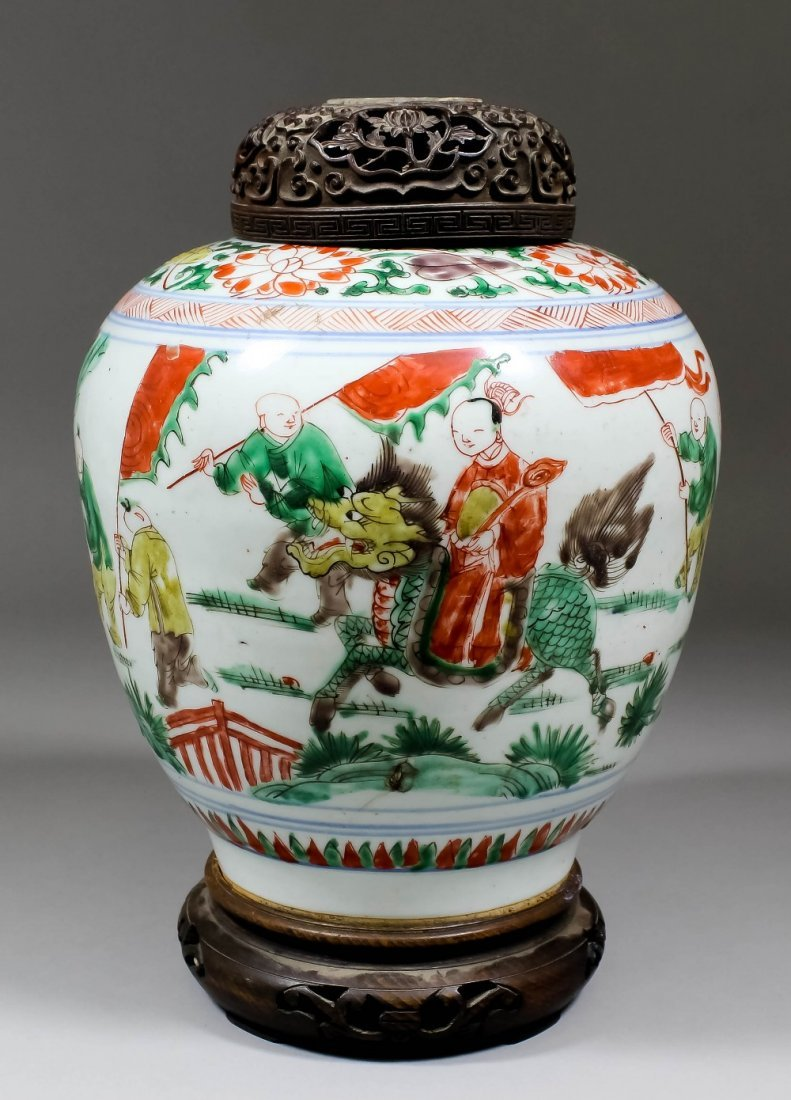 """A Chinese porcelain """"Famille Verte"""" jar painted with a"""