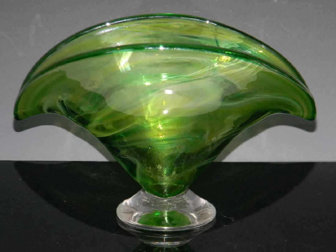 BRYAN GOLDENBERG GREEN ART GLASS FAN VASE