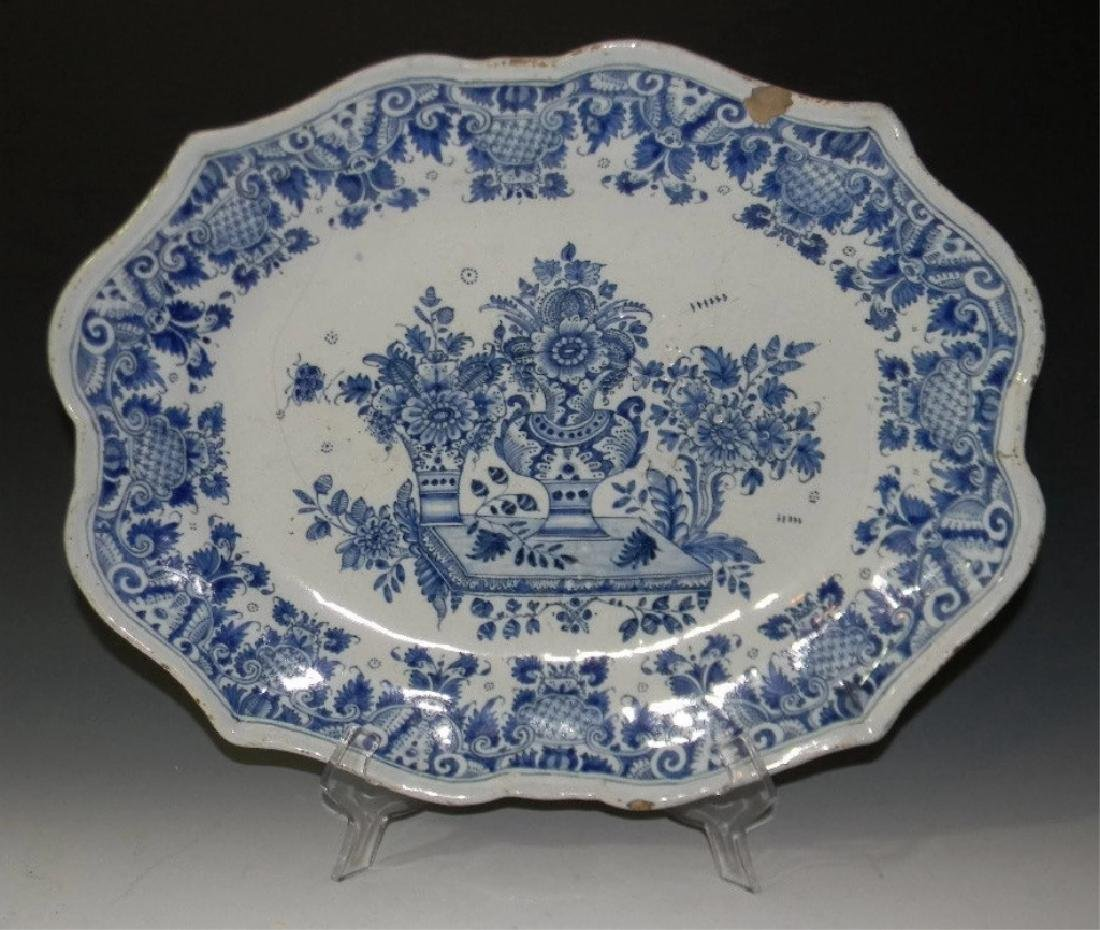 18TH C BLUE AND WHITE DELFT FAIENCE PLATTER