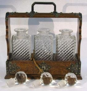 LOCKING OAK TANTALUS & GLASS LIQUOR DECANTERS