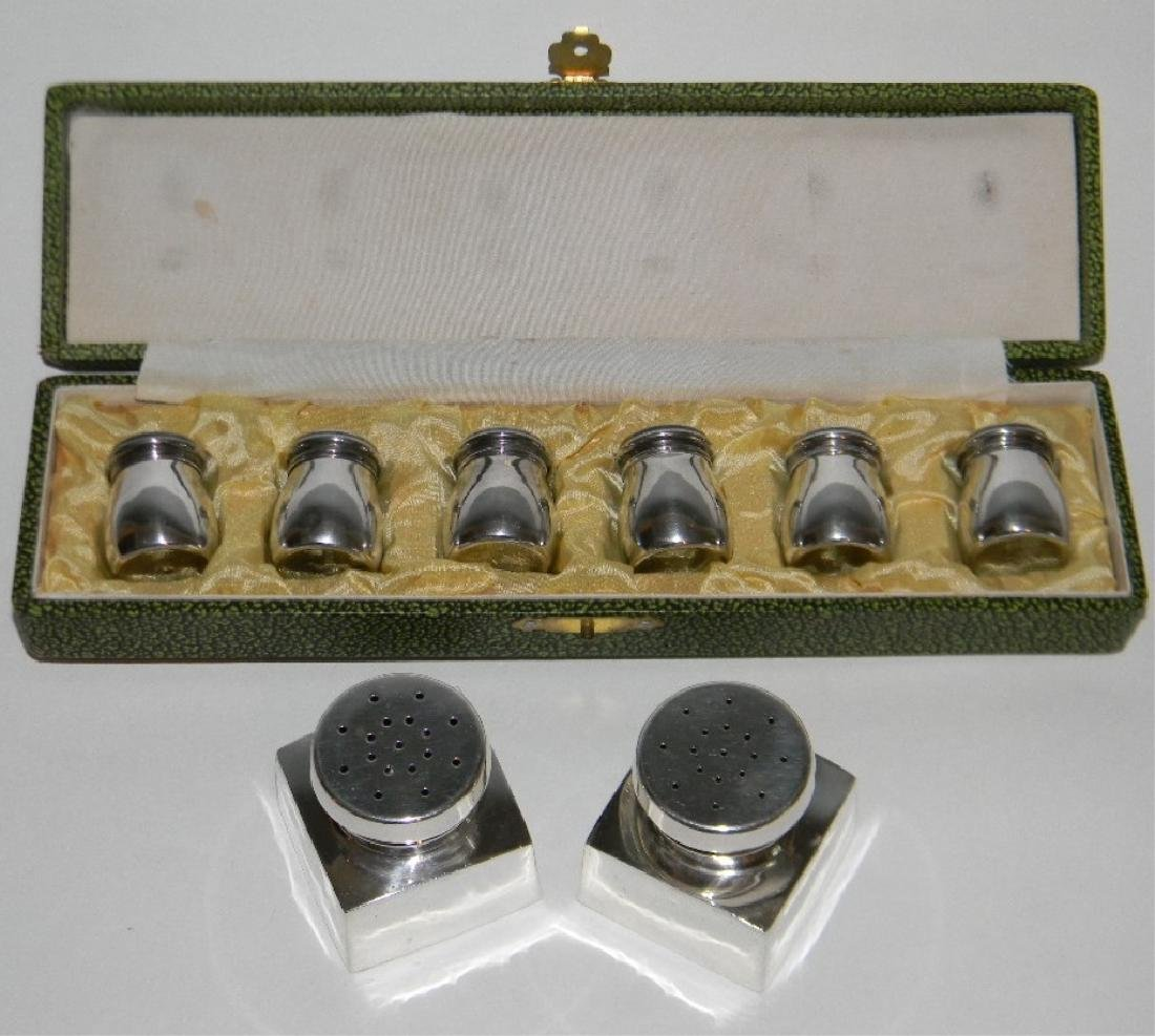 6 SALT AND PEPPER SHAKERS 950 STERLING SILVER