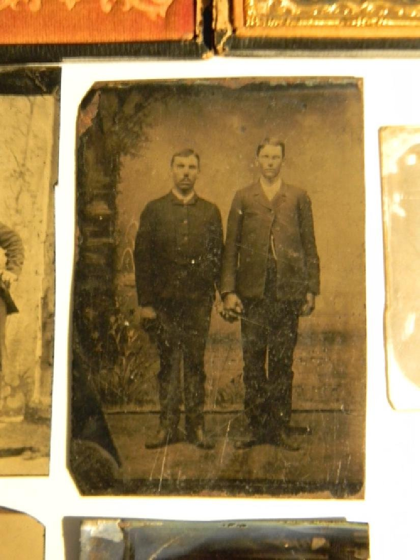 TINTYPE & AMBROTYPE PHOTOS: TWO MEN HOLDING HANDS