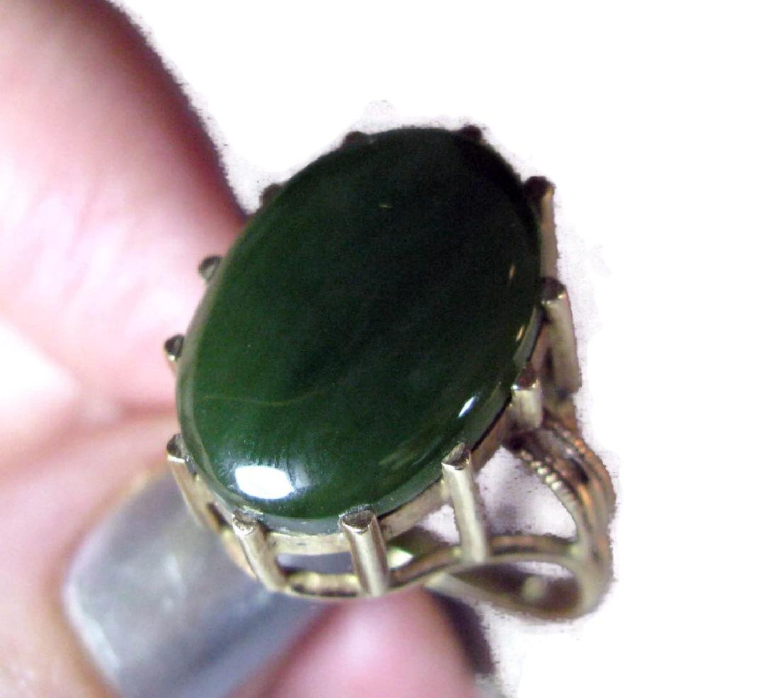 14K GOLD RING WITH GREEN JADE CABOCHON - 2