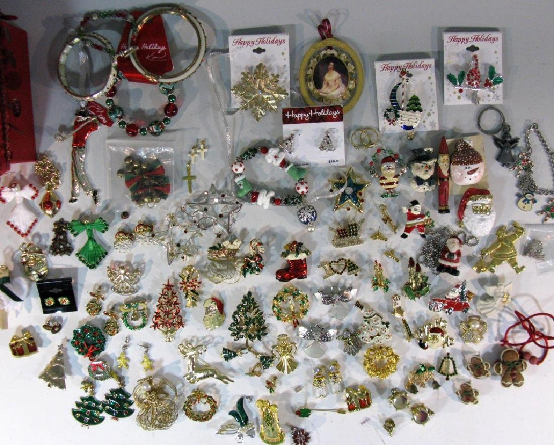 LARGE CHRISTMAS THEMED JEWELRY COLLECTION - 2