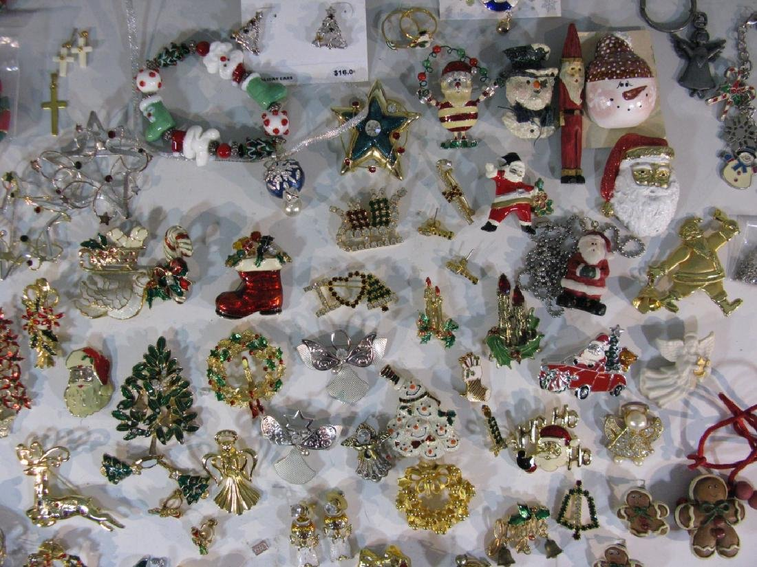 LARGE CHRISTMAS THEMED JEWELRY COLLECTION - 3