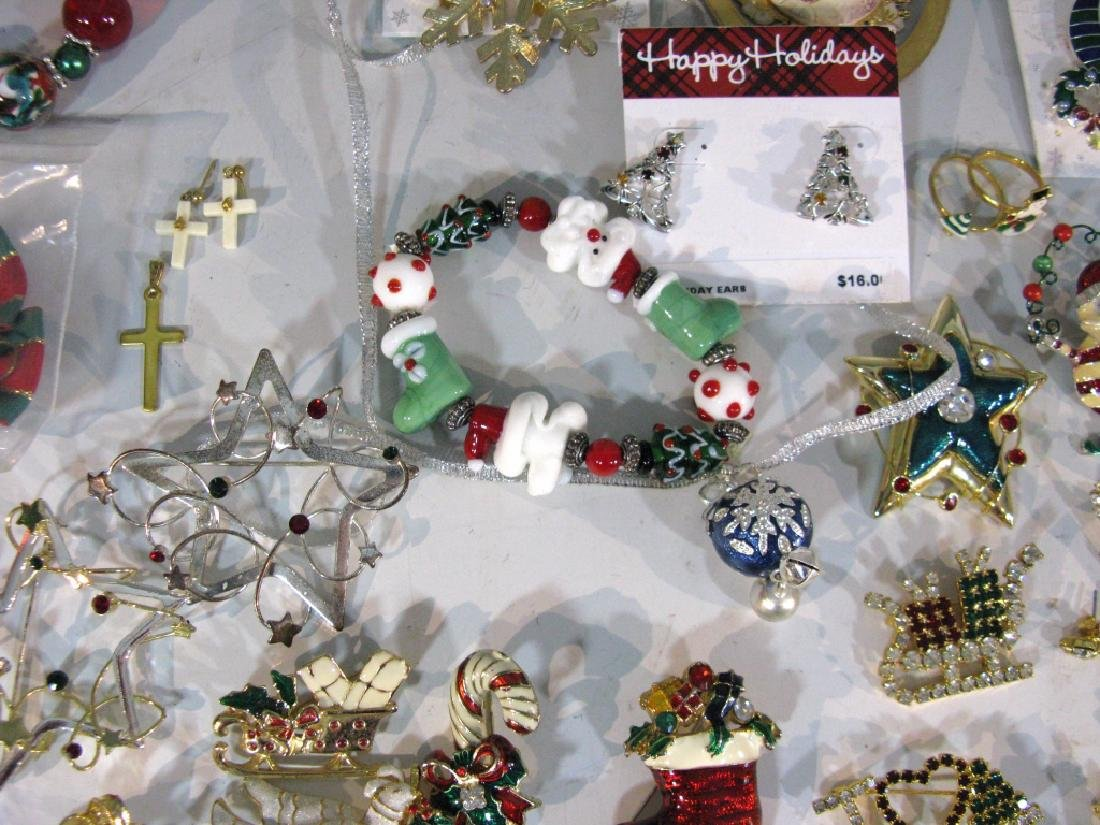LARGE CHRISTMAS THEMED JEWELRY COLLECTION - 5