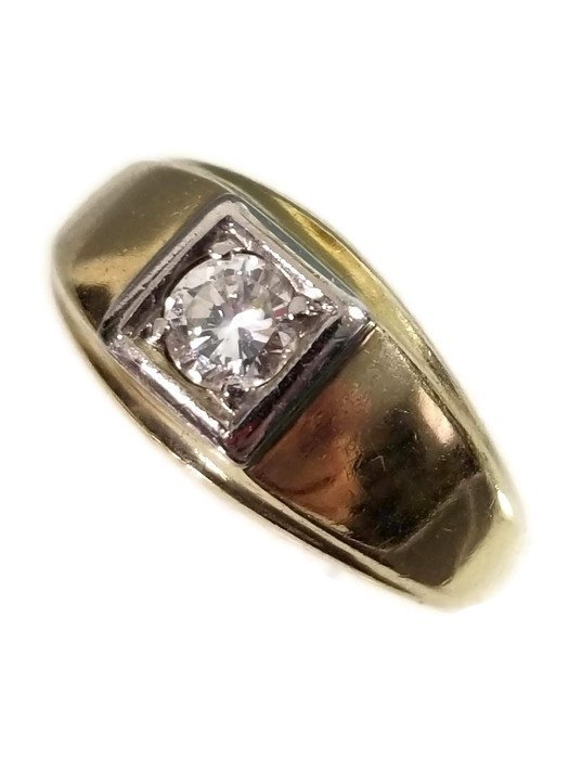 14K GOLD AND DIAMOND SOLITAIRE MENS RING