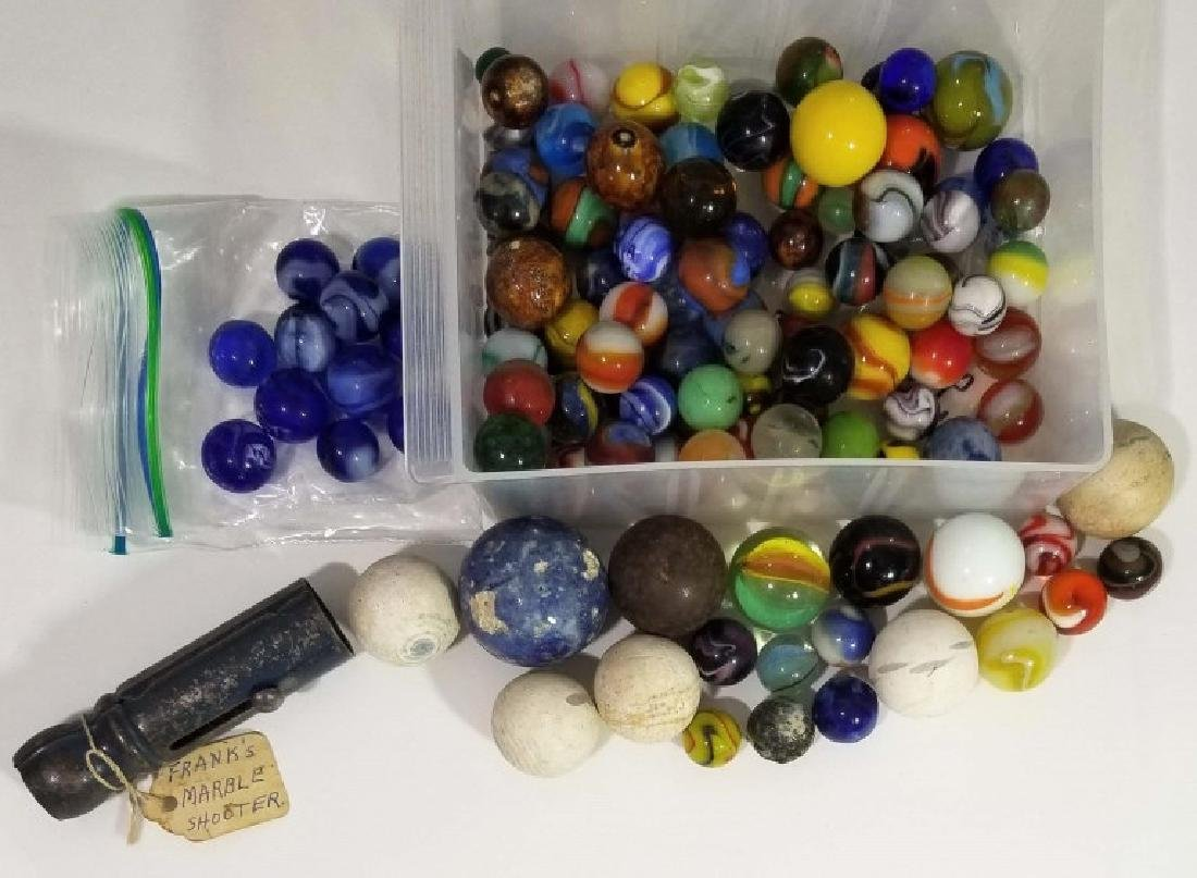 GLASS MARBLE COLLECTION WITH SHOOTER