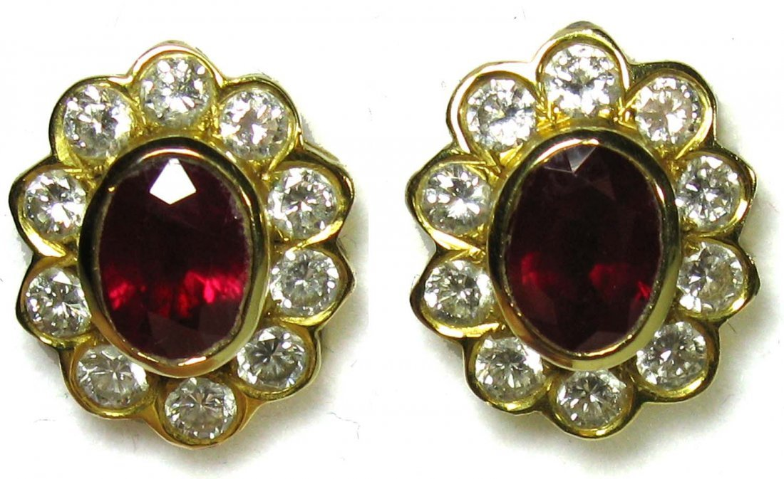 Outstanding Pair of Ruby and Diamond 18K Gold Earrings