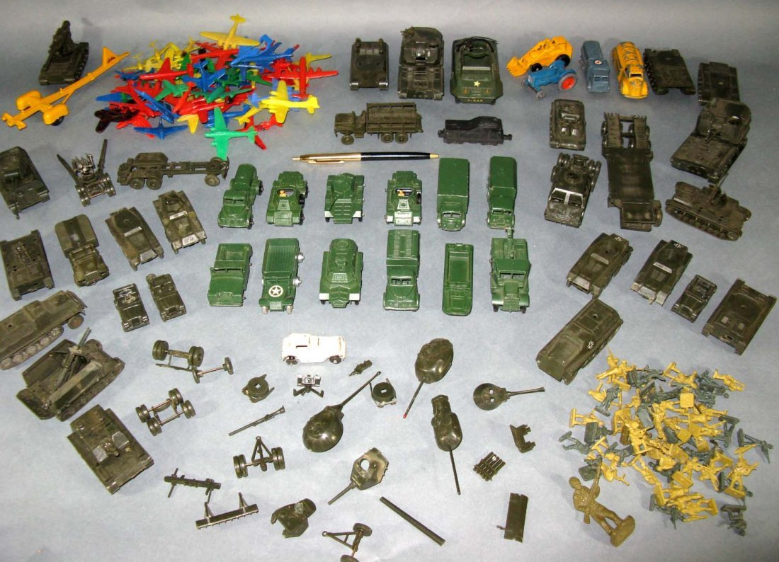 Lot Vintage Lesney Tootsie ROCO Military & Farm Toys