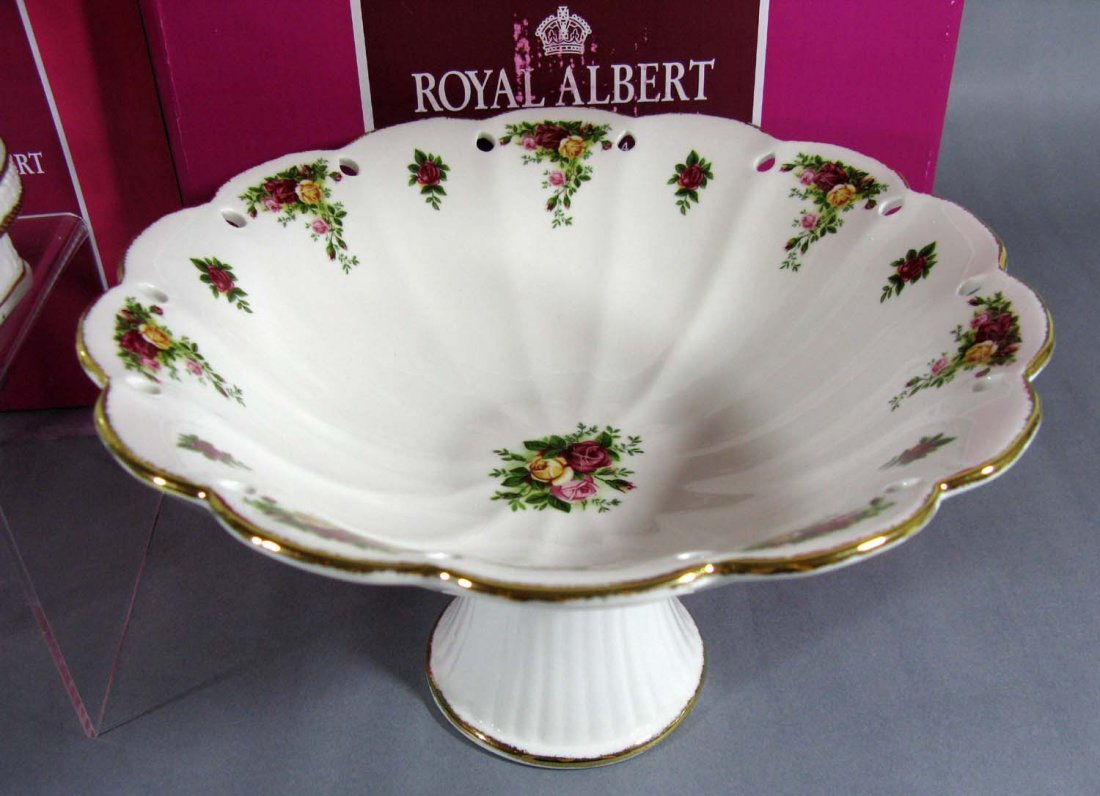 Royal Albert Old Country Roses Carousel Horse & Bowl - 4