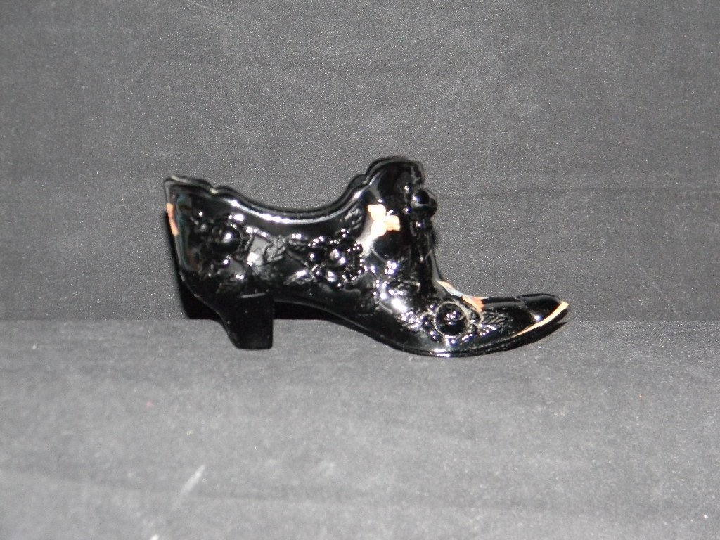 12 Fenton Glass Shoes and Boots - 8