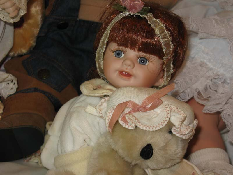 6 Porcelain Dolls Cathay, Geppeddo, Danbury Mint - 3