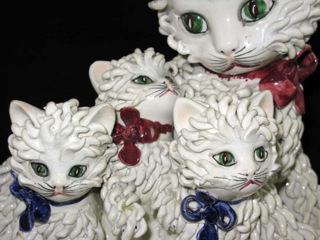 Vintage Italian Ceramic Spaghetti Cat Sculpture - 2