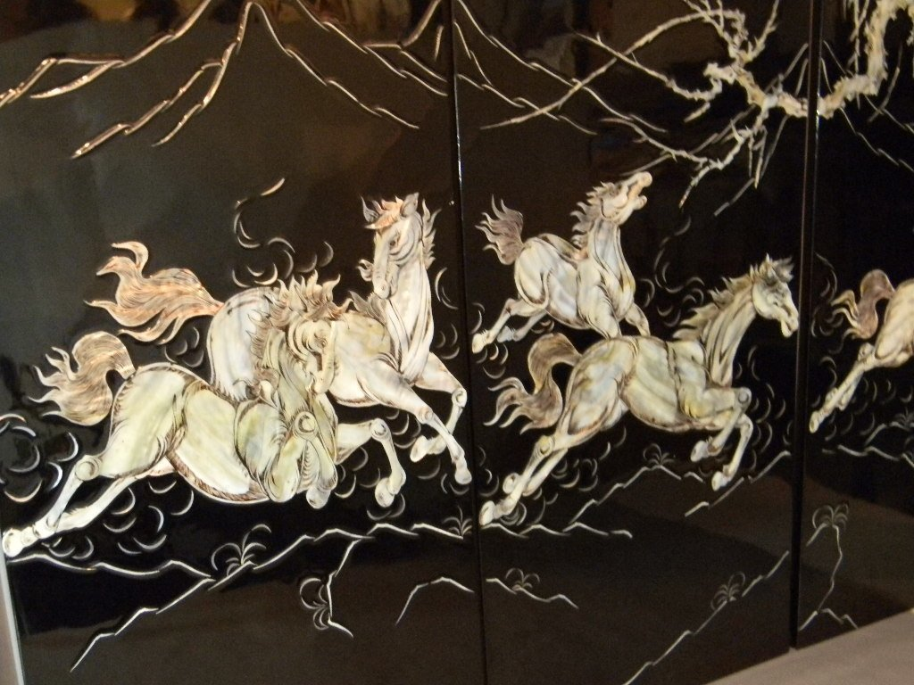 4 CHINESE LACQUER MOTHER OF PEARL HORSE PANELS - 7