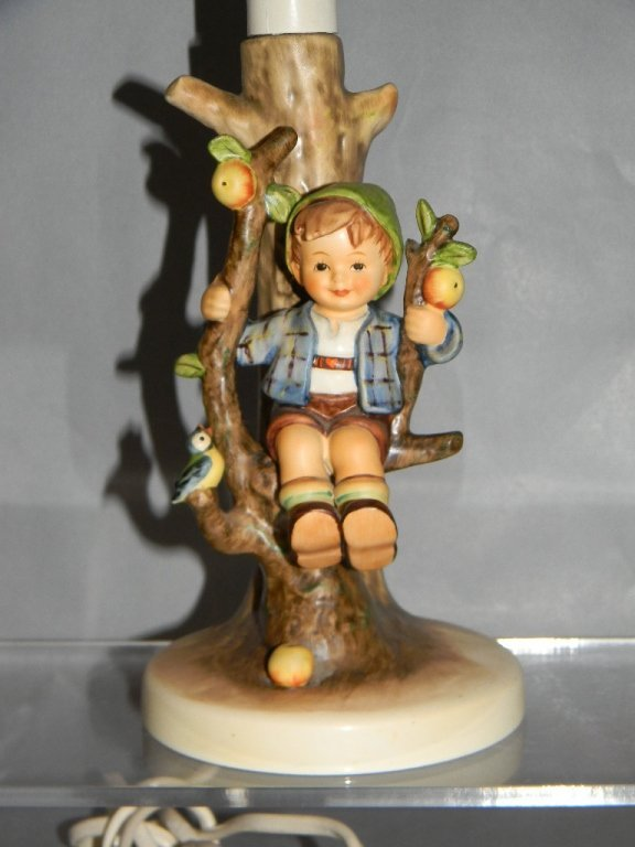 GOEBEL HUMMEL CERAMIC LAMP #230 APPLE TREE BOY - 2