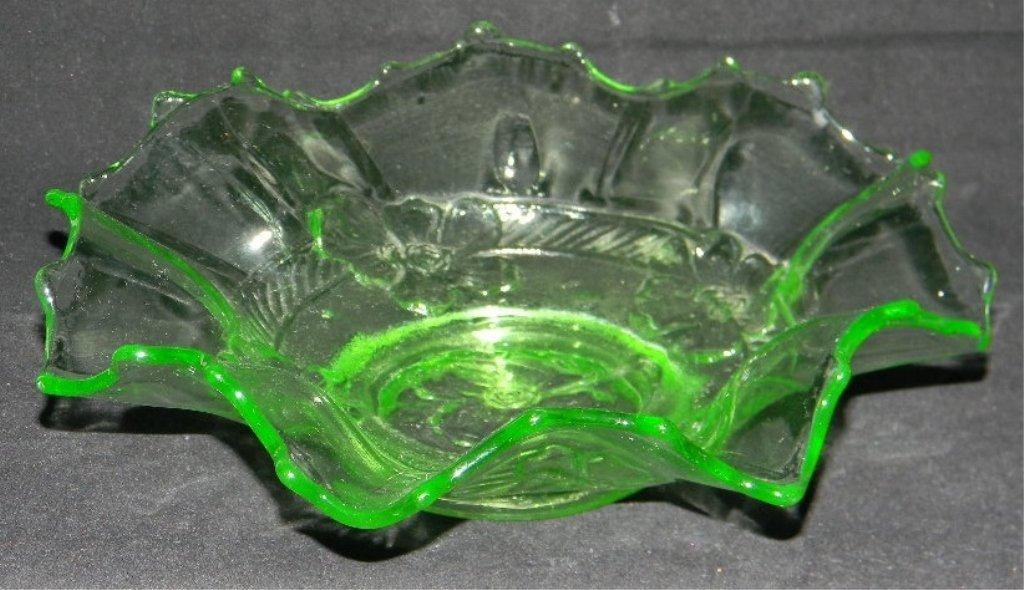 6 ANCHOR HOCKING APPLE GREEN VASELINE GLASS PLATES - 6