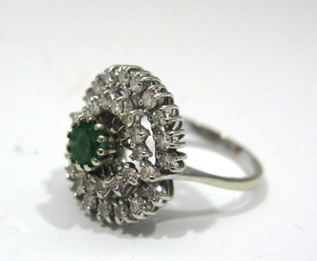 18k WHITE GOLD CLUSTER RING W/ EMERALD & DIAMONDS
