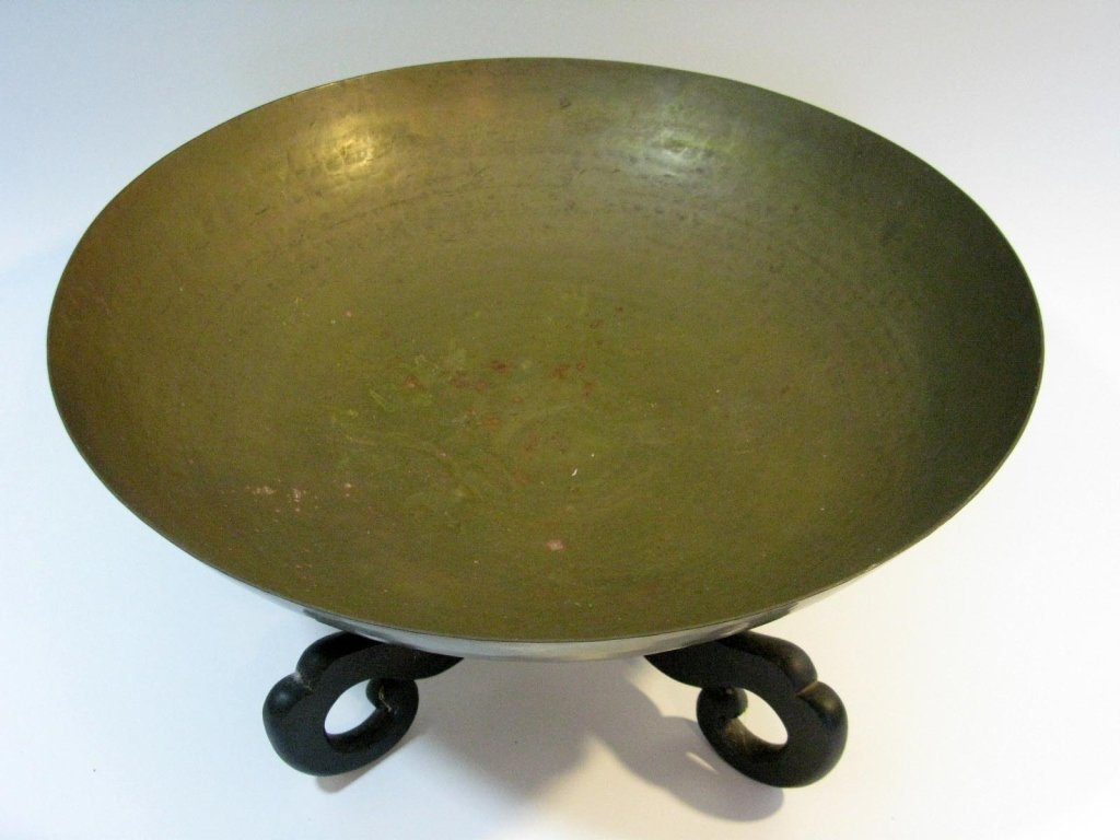 VINTAGE CHINESE HAND HAMMERED COPPER BOWL ON STAND - 2