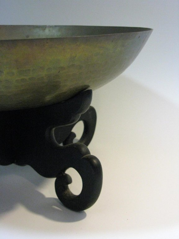 VINTAGE CHINESE HAND HAMMERED COPPER BOWL ON STAND - 4