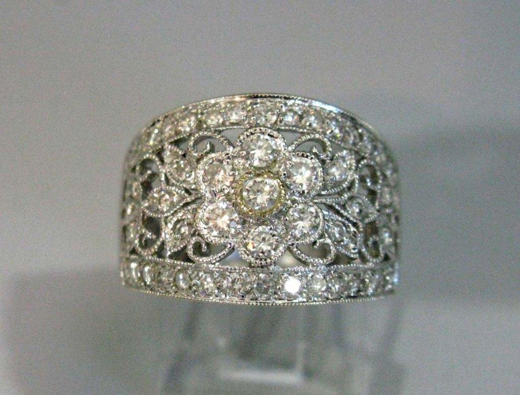 RING 18K WHITE GOLD & DIAMONDS 1.02 CARATS