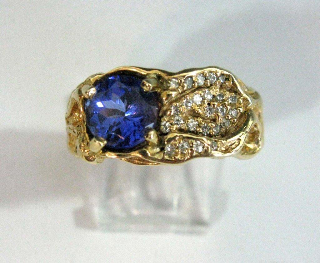 RING 14K GOLD, TANZANITE 3.4C & DIAMONDS