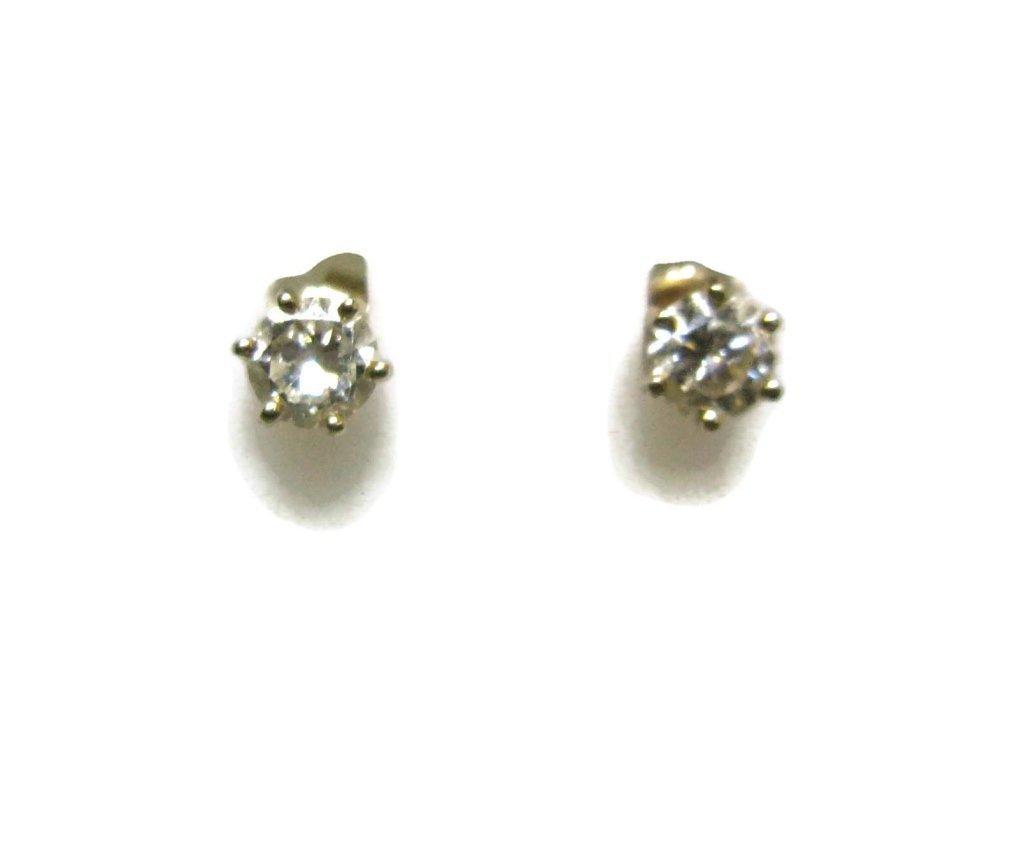 PAIR OF DIAMOND STUD EARRINGS IN 14K GOLD - 4